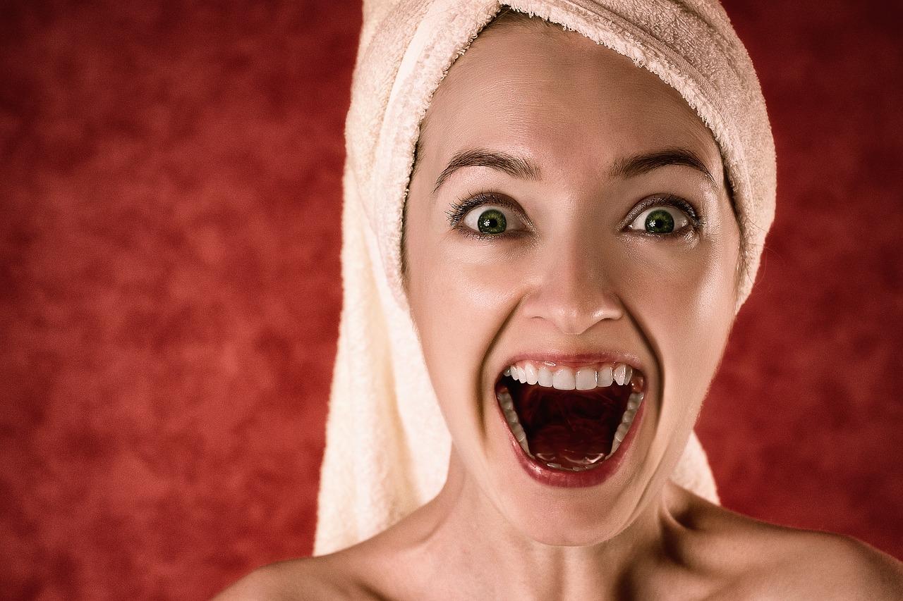 como eliminar el sarro de los dientes